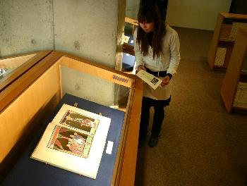 図書館所蔵品展はOUA-TVでもミュージアム・ライブラリチャンネルにて放送中です!!