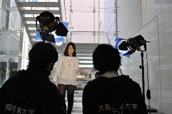 テレビ雑誌でも「大阪芸大」とラテ欄に載っていますよ!!