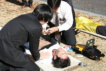 AED、誰もがきちんと使えるようにしておかなければなりません・・・。