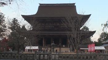 金峯山寺本堂「蔵王堂」です