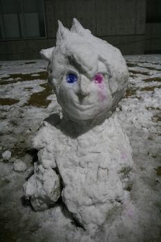 芸大らしい雪だるまですね!!