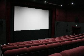 本物の映画館にも顔負けしない『映画館』です!!